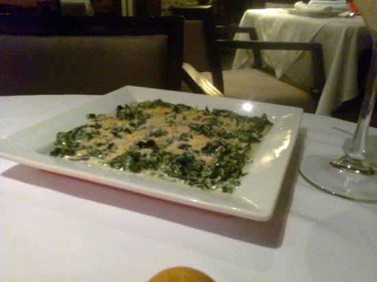La Torrada: Guarnición de espinacas con crema.