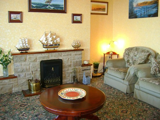 Wharncliffe Hotel: Lounge