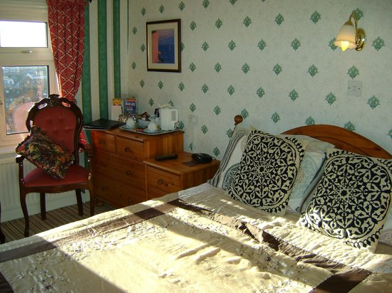 Wharncliffe Hotel: Room 10