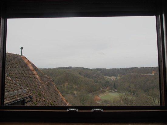 "Hotel ""Am Siebersturm"": 部屋からの眺め。ジーバー渓谷。"