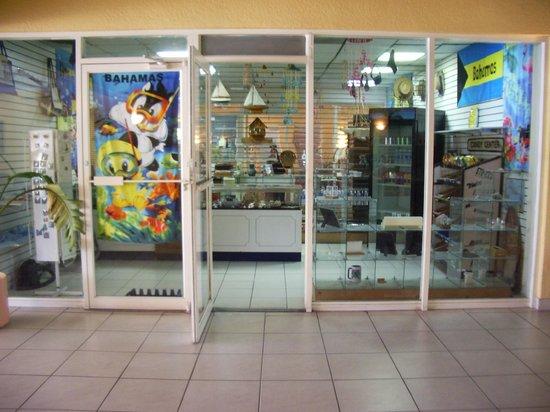 Royal Islander: Gift Shop