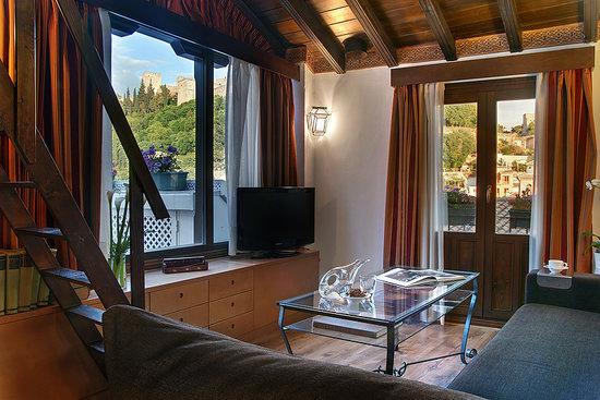 Apartamentos Muralla Ziri: Penthouse Private terrace with Alhambra view - Lounge