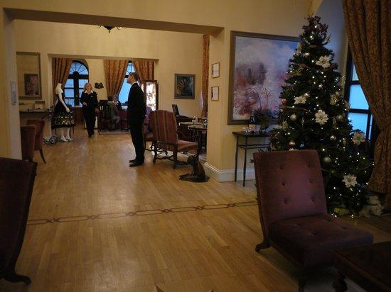Smetana Hotel: Hotel Lobby