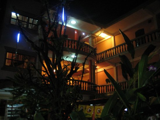 Nana Guesthouse: In the front of hotel