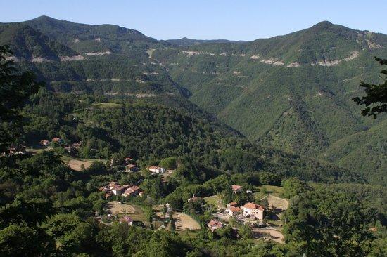 Cantagallo, Italia: Panoramica di Gavigno