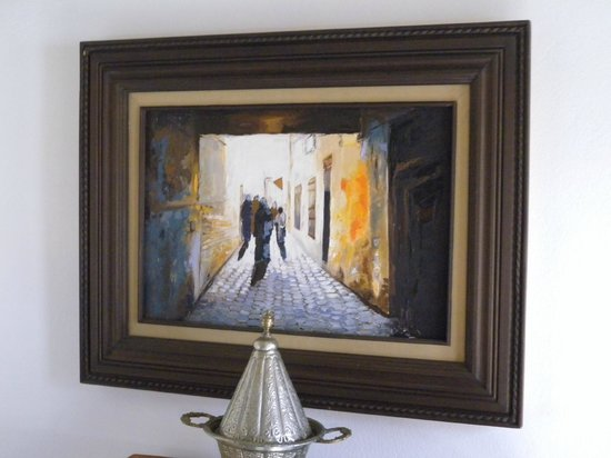 Riad Souafine : Tableau dans dans la chmabre YASMINE