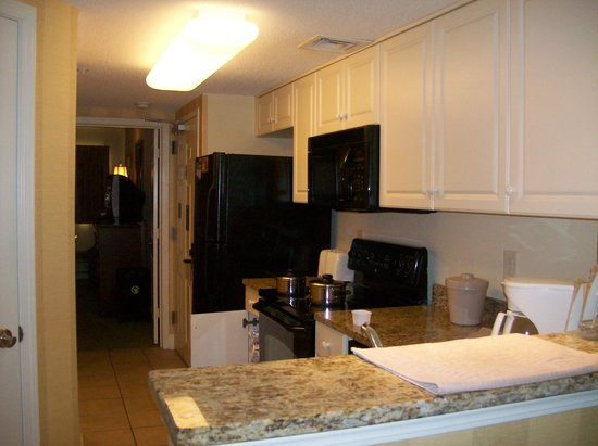Island Vista: Kitchen area