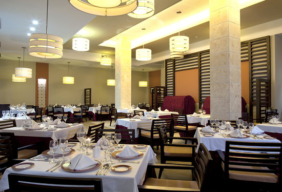 Royalton Cayo Santa Maria: Restaurant Eggscellence