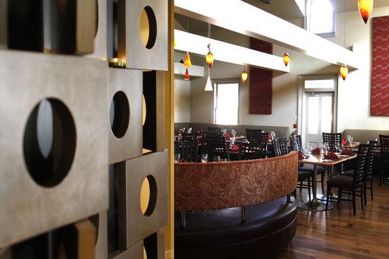 Shaw Club Hotel: Zees Grill at Shaw Club