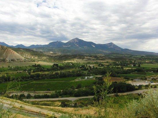 Rocky Mountain Inn : Mt Lamborn