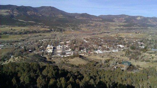 Rocky Mountain Inn : Town of Paonia