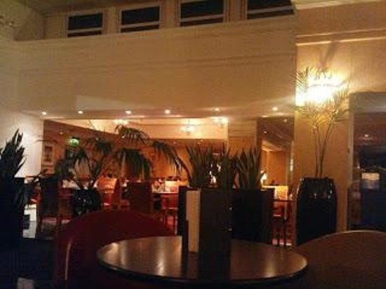 Bromsgrove Hotel & Spa: bar/reception