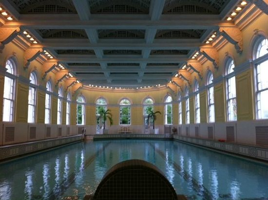 The Omni Homestead Resort: Homestead's Indoor Pool