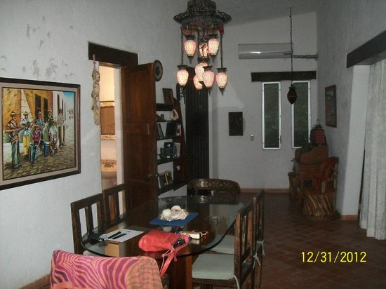 Su Casa Beach Cottages: Dining room