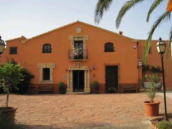 Hotel Mas El Cuquello: Fachada principal