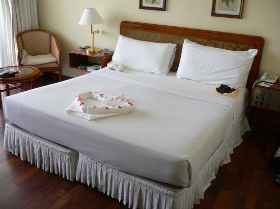 """Eden Resort & Spa: Fast jeden Tag ein """"kleines Kunstwerk"""" aus Handtüchern"""