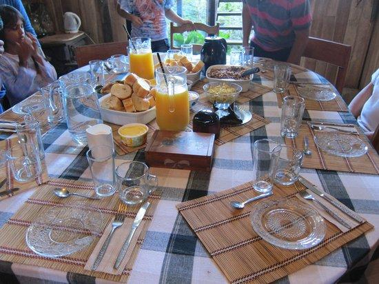 Finca Integral Dikla : Breakfast
