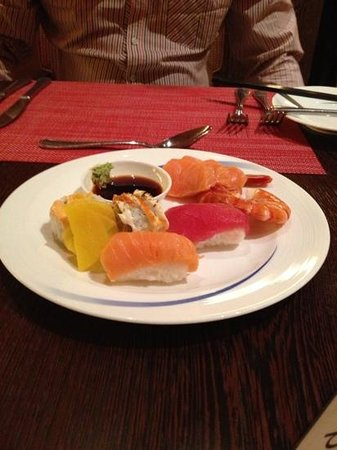 The Ritz-Carlton Jakarta, Mega Kuningan: sashimi not fresh
