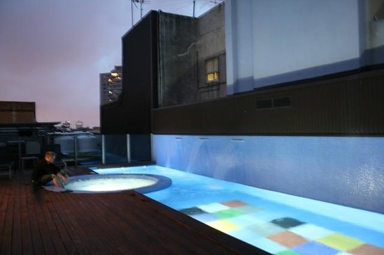 Axel Hotel Barcelona & Urban Spa: Rooftop Pool & Jacuzzi