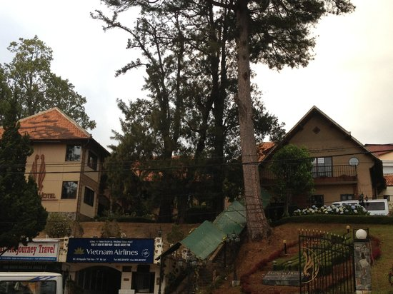 Thanh Thuy Hotel Dalat: Exterior view