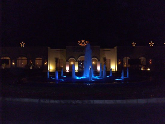 Jaz Mirabel Park: water fountings at night