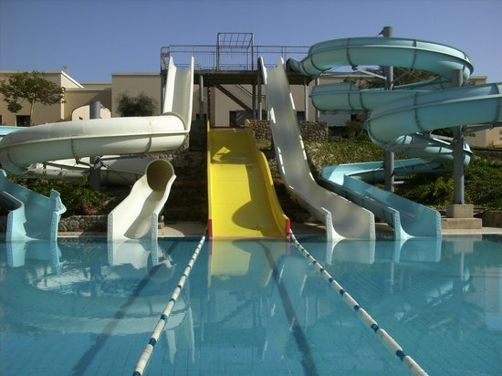 Jaz Mirabel Park: water slides at hotel