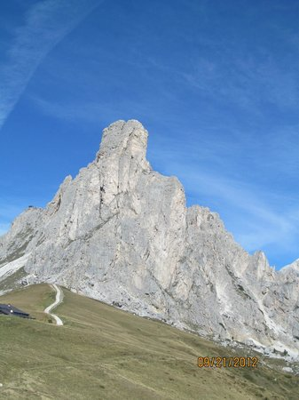 Passo Giau: Trail from the road