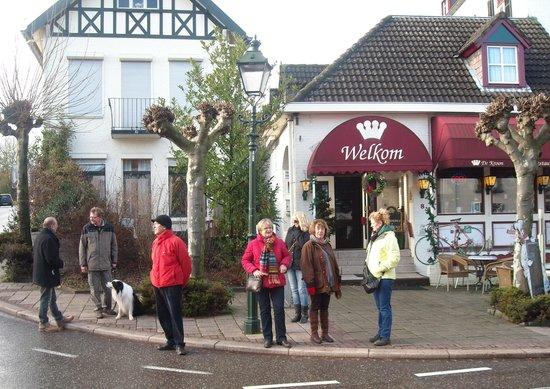 Hotel De Kroon: terug van een dorpswandeling