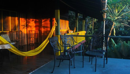Tiskita Jungle Lodge: Toucan Cabin porch, Ocean view cabin
