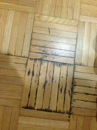 Cumulus Kouvola: floor ..yuck