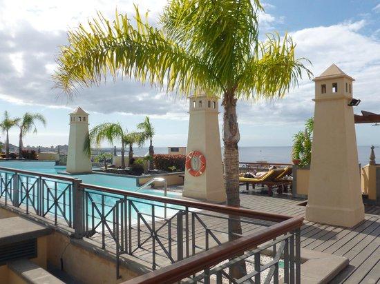 GF Gran Costa Adeje: Rooftop Pool