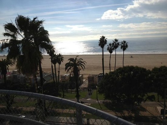 Hotel Shangri-La Santa Monica: Waking up to this every morning starts your day out right.