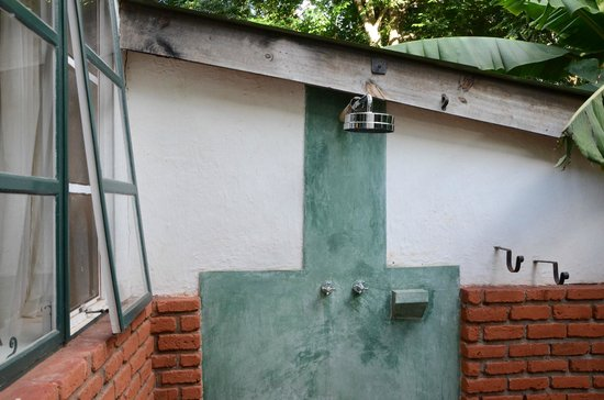 Gibb's Farm: Outdoor Shower