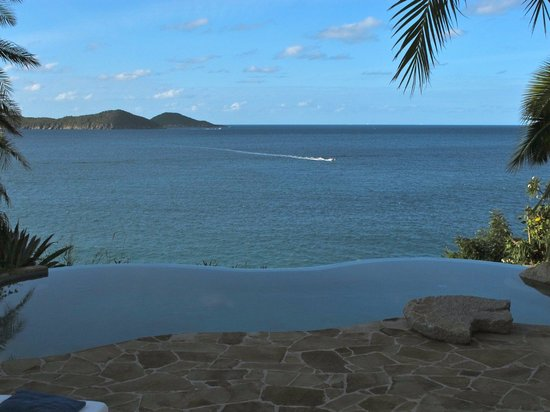 Rosewood Little Dix Bay: Spa pool view