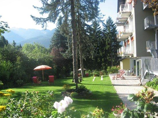 Park Hotel Azalea: giardino