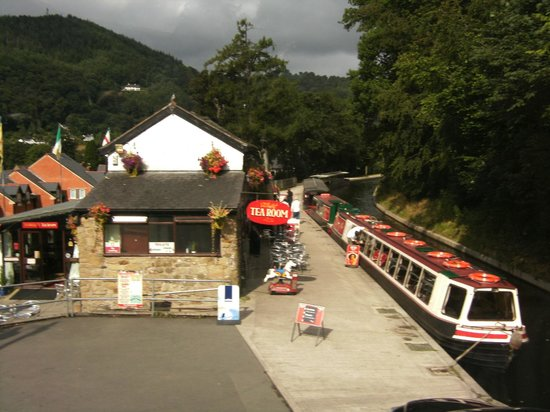 Llangollen Canal: Boat -Shop -Cafe-Stables.