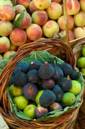 Zephyrus Boutique Accommodation : fruit and vegetable market