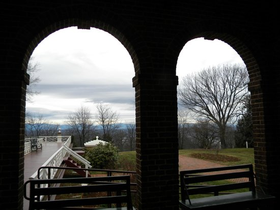 Thomas Jefferson's Monticello: portico