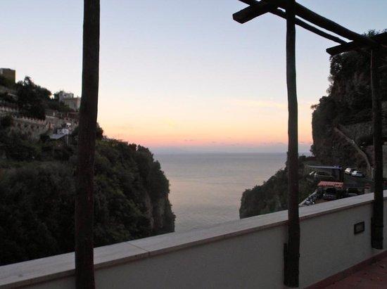 La Pergola Hotel: balcony view