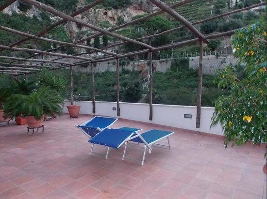 La Pergola Hotel: Balcony