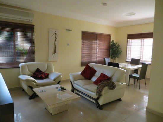 Wavecrest Hotel Gambia: Living