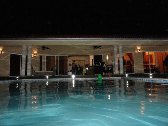 Residencial Casa Linda: 100% Romantico para parejas...