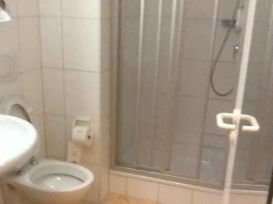 Akzent Hotel Möhringer Hof: salle d'eau