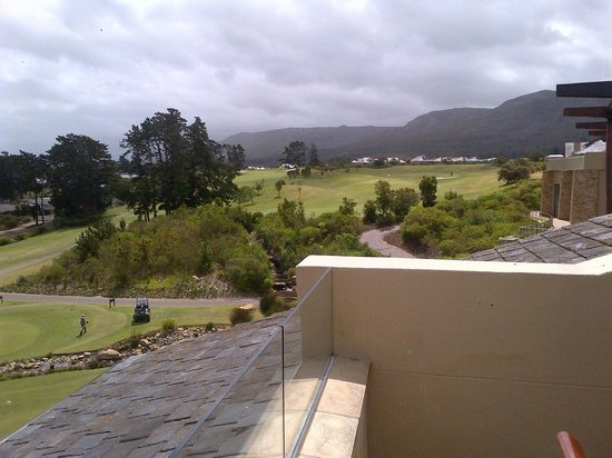Arabella Hotel & Spa: View of the Golf Course from the Balcony