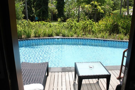 Melia Bali Indonesia: lagoon room