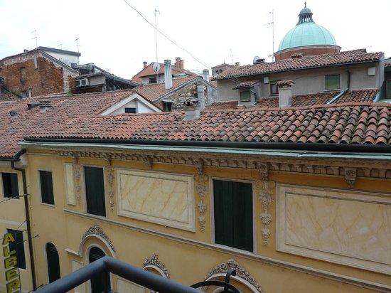 Hotel Due Mori : Blick über Dächer