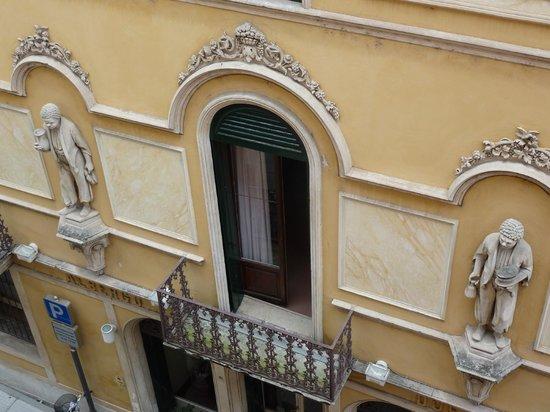 Hotel Due Mori : Blick auf das ältere Hotel
