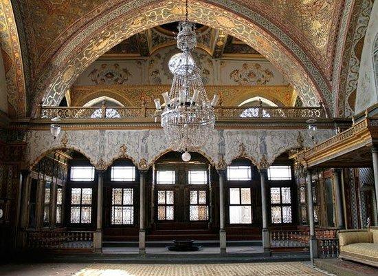 Eresin Taxim Premier: Dolmabahnce Ottoman Palace