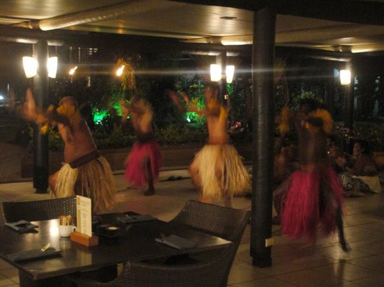Mercure Nadi: Welcome dance