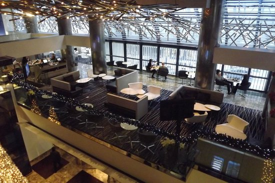 Grand Hyatt New York: The Lounge/Bar